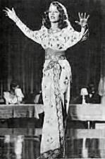 Gilda singing Amado Mio